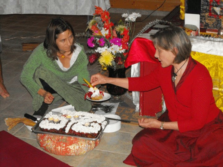 25th anniversary cake cutting (2009)